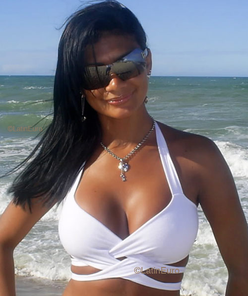 Black Girls Agency .com: Black Girls Dating